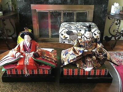 Japanese Dolls Of Emperor And Empress