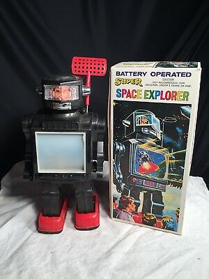 Space Toys Roboter Super Space Explorer batteriebetrieb in OVP um 1970