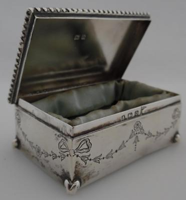 1913 Antique Sterling Silver Jewellery Ring Box/Casket  - Walker & Hall (TM26