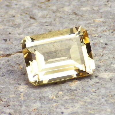 GOLDEN BERYL-BRAZIL 2.58Ct FLAWLESS-NATURAL UNTREATED-FOR TOP JEWELRY!