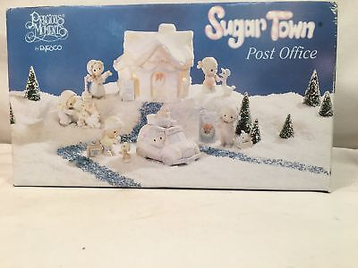 Precious Moments Sugar Town Post Office #456217 NIB