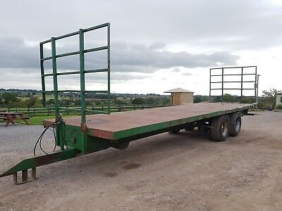 30ft bale / pallet trailer hay straw hyd brakes lights Tractor GWO