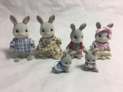 Calico Critters Sylvanian Families Gray Babblebeook Bunny Bunnies Twin Babies