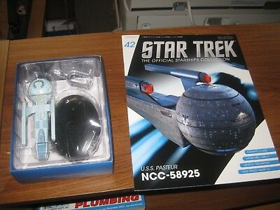 Star Trek USS Pasteur (NCC-58925) with Collectible Magazine #42 by Eaglemoss