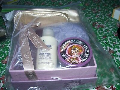 Body Shop Shower Items In Gift Box Plus Gift