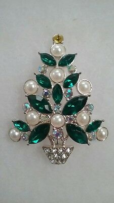 2011 Avon Collectible Christmas Tree Brooch Green Rhinestone and Faux Pearls