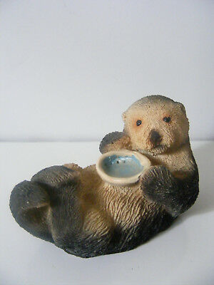 """Adorable OTTER FIGURINE with Oyster - Clam / 3"""" Long CARVED RESIN"""