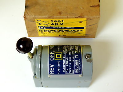 Square D 2601 Reversing Drum Switch For/Rev/Stop  Type AG-2  1-2HP, 110/230VAC