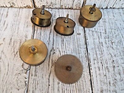 5 Vintage Brass Clock Cogs - Clock Parts Steampunk !