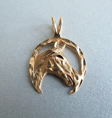 14k Gold sculptural western style looking horse head & horse shoe pendant