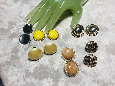 Vintage Lot of SIX 6 Goldtone Silvertone Round Clip On Earrings    H