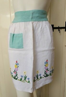 Vintage Handmade Apron Pinny Embroidered Floral