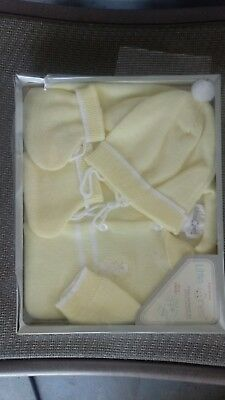 Baby Girl / boy Hand Knitted Sweater Set - yellow and whiteNewborn to 9 months