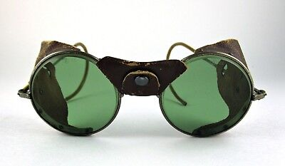 Vintage AO AMERICAN OPTICAL GOGGLES Glasses GREEN LENS LEATHER SIDE SHIELDS NiCe