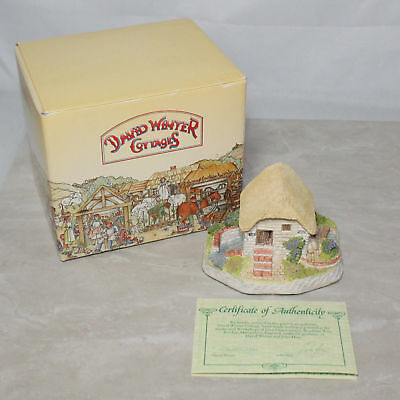 "David Winter Cottages ""Irish Water Mill"" 1992 Guild Gift w/ Box & CoA"
