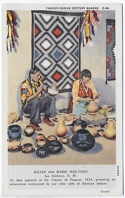 (#2899) Old Postcard  Julian & Marie Martinez  Indian Pottery Makers  New Mexico