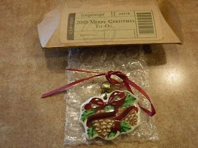 Longaberger - 2005 Merry Christmas Tie-On #23174 *NEW