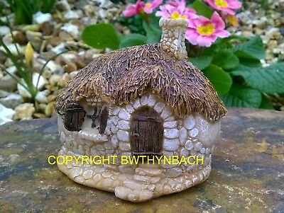 New Design Rubber Latex Mould Mold Small Fairy Thatched Pebble Cottage House