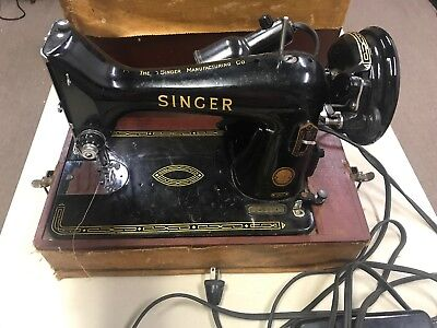 VINTAGE SINGER SEWING MACHINE 99K Portable Electric W/CASE Foot Control Working