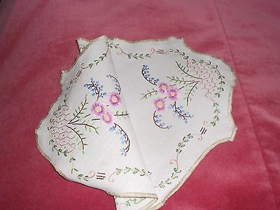 Vintage white IRISH LINEN set of 3 DOILIES hand embroidered with floral motif.
