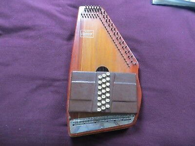 21 bar Autoharp made by Oscar Schmid in full working condition