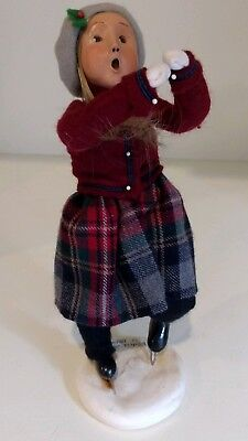 Byers Choice Ltd Carolers The Skaters Young Girl Ice Skater #13/100 Signed 2000