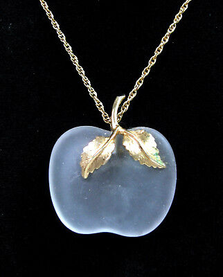 """FROSTED GLASS APPLE Pendant Vintage NECKLACE Knotted Chain Goldtone 24"""" Avon"""