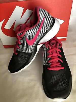ffdac9ec7 NIKE TANJUN RACER (GS) Youth Girls Shoes US Size 4Y