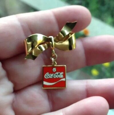 COCA COLA 5 YEARS PIN W/ 14kGF YELLOW GOLD BOW - 1 1/2 INCHES