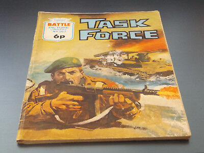 BATTLE PICTURE LIBRARY NO 562,dated 1971!,GOOD FOR AGE,VERY RARE,47 yrs old.