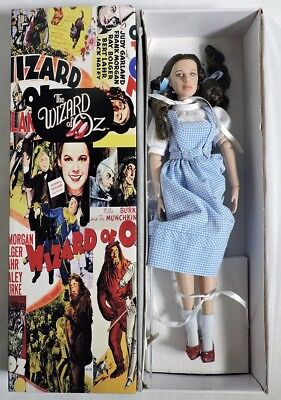S692. The Wizard of Oz DOROTHY GALE Exclusive Limited Edition Tonner Doll (2008)