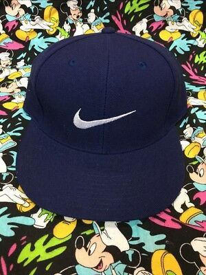 9a5c7d75c39 90s VTG NWT NIKE AIR SWOOSH OG Pro Fitted 7 HAT Navy White Agassi Logo  Tennis