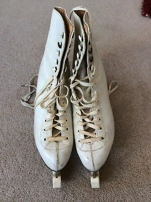 Classic Vintage White Leather Ladies Ice Skates with Blades & Covers Size 6.5