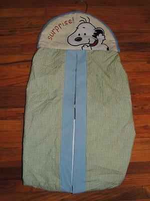 Lambs & Ivy Baby Snoopy Peek A Boo Diaper Stacker Green Yellow Blue Fuzzy Snoopy