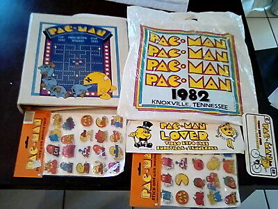 Vintage PAC MAN 1982 convention swag bag w/ Binder,Puffy stickers, License plate