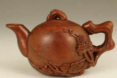 Chinese Old Boxwood Handmade Carved Teapot Statue netsuke home decoration