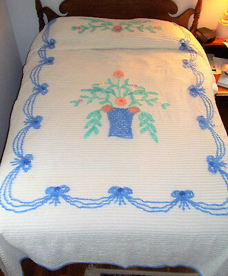 CHENILLE BEDSPREAD Full / Queen, basket of flowers, white blue pastels double