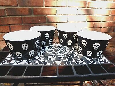 Set Of 222 Fifth Gothic Halloween Ghosts & Ghouls Black Skull Soup Bowls Decor