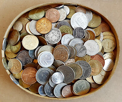 1 Kg (1000g) WORLD Coins - MIX ( More than 200 Coins) Many different (LOT: 102)