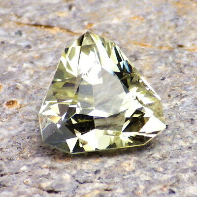 HELIODOR-RUSSIA 4.15Ct FLAWLESS-NATURAL UNTREATED GEM-FOR TOP JEWELRY!