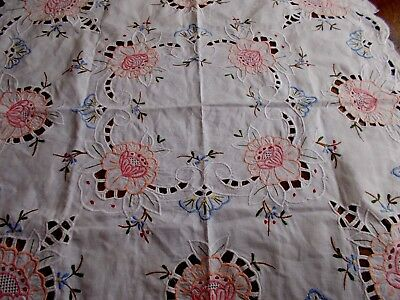 Small Vintage White Cotton Tablecloth With Cutwork & Embroidered Flowers