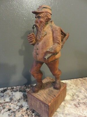 Vintage Antique Folk Art Hand Wood Carved Black Forest Man Hunter W/rifle Rustic