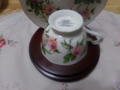 1991 Avon Honor Society Mrs PFE Albee Commemorative Teacup & Saucer- WITH STAND