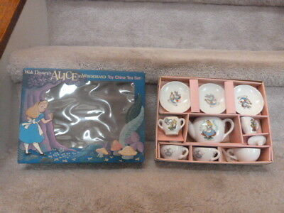 Walt Disney's ALICE in Wonderland Toy China Tea Set