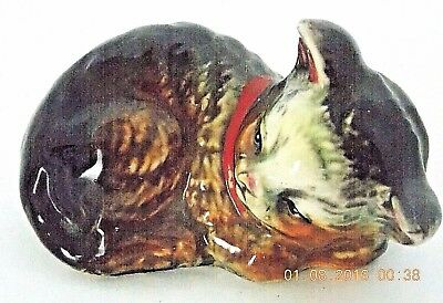 VINTAGE 1920-30's era JAPAN NAGOYA SLEEPING CAT HAND PAINTED PORCELAIN FIGURINE