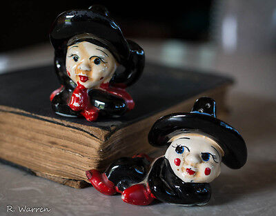 VINTAGE LITTLE WITCHES HALLOWEEN SALT & PEPPER SHAKERS Cork MADE IN JAPAN
