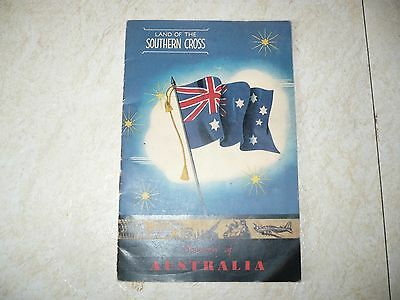 Vintage WWII Souvenir of Australia Land Of The Southern Cross Booklet