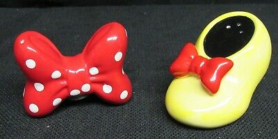 Disney Minnie Mouse Bow and Shoe Salt and Pepper Shaker Set W106