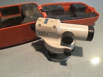 Nikon Automatic 360 Level AZ-1 Construction Level w/ Carrying Case Topography.