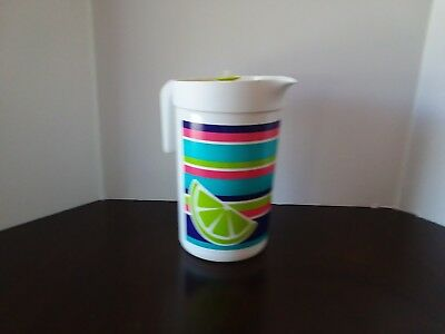 Tupperware Pitcher with removable Infuser